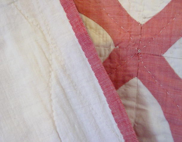 closeup of binding and quilting