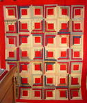 Log Cabin Quilt- Near Mint
