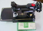 Singer 221 Featherweight     AJ++++560  SOLD