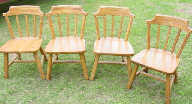 set of 4 Ranch Oak chairs