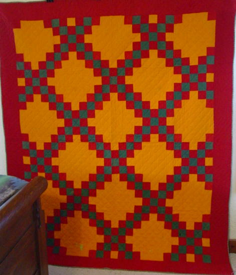 full view Lancaster County, Pa. Double Irish Chain Quilt