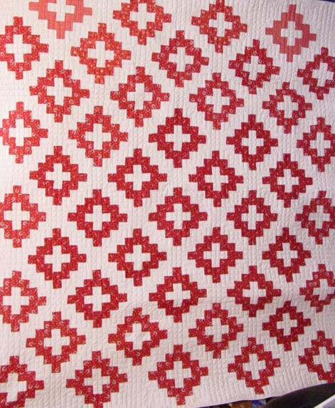 full view of Red and White Album quilt