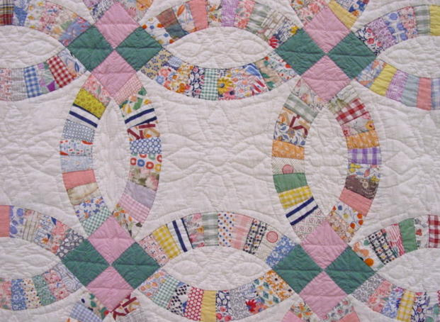 partial view of the quilt- shows pattern and colors