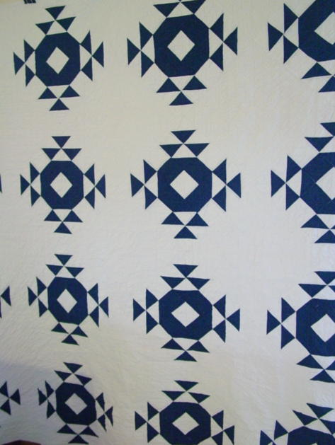 Blue And White Old Style Wedding Ring Quilt Sold Cindy