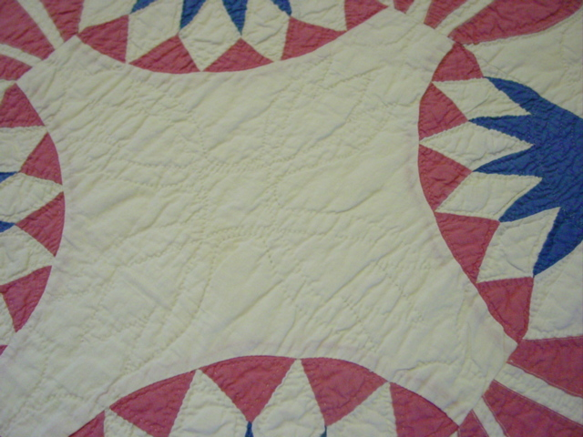 this shows the tulip quilting pattern