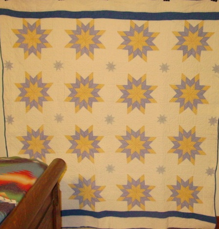 full view 8 point Stars quilt,,, with little 8 point stars