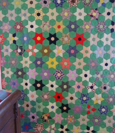Six Point Touching Stars Quilt With Provenance Sold