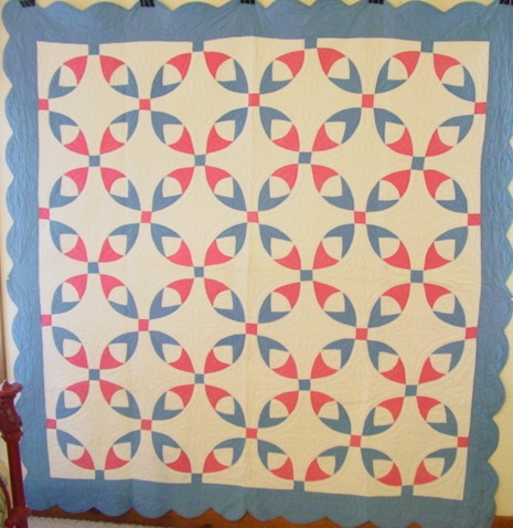 full view of Bleeding Heart Variation quilt