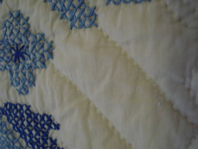 close up of the fine hand quilting