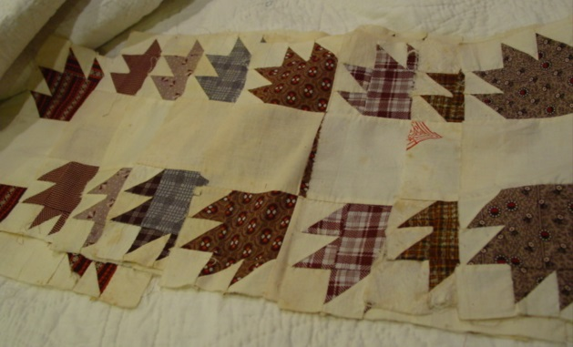 set of 8 Turkey Track quilt blocks